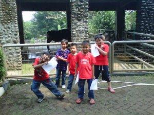 Nob dan teman-teman di Ragunan
