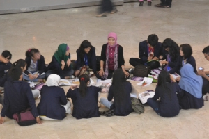 Outing class with semester 1 students in Monas